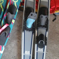 3stelle ski s en 5 life jackets