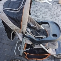 Jogger Pram and Car seat for Sale