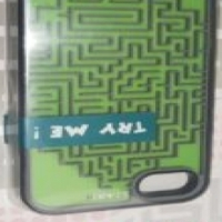 Diamond maze cell phone cover