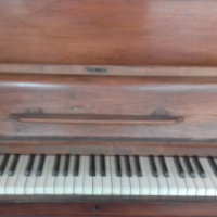 acoustic Piano ( price negotiable )