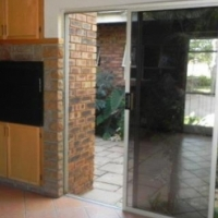 BEAUTIFUL FIVE BED HOUSE TO RENT IN MONAVONI