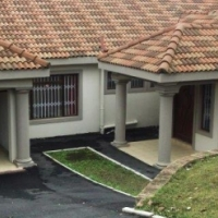 Furn/Unfurn 4 b/r family residence with pool, dble auto LUG, CCTV and auto gates. Avail imm.