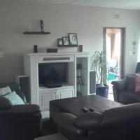 3 bedroom with garden or rent Lakefield