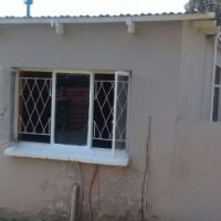 Very neat Batchelor flat for rent in Hercules