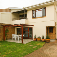 3 Bedroom home in Tranquil Estate, Somerset West