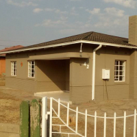 Fully renovated house 42 General Herzog road, Peacehaven, Vereeniging.