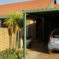 Delightful & Private 2B2B simplex in Highveld