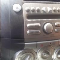 Daihatsu Sirion radio for sale!!