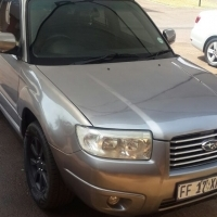 2006 AUTOMATIC SUBARU FORESTER 2.5XS