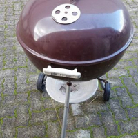 Weber 57cm with accessories and cover