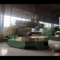 Webster and Bennett 60 inch verticle boring mill