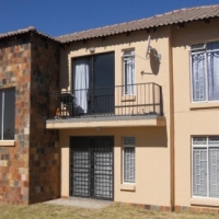 PRIVATE SALE: 2 Bedroom aparatment in Patchefstroom