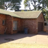 Spacious and Secure 3 Bedroom Home in Doornpoort – R 1 050 000