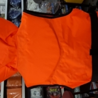 New Samsa approved 100n life jackets with neck support on special!!!!!!
