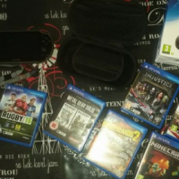PS Vita complete with six games