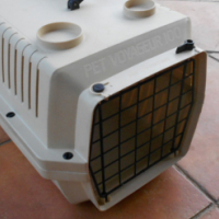 Travel cage for dogs or cats