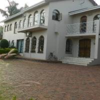 Up market garden flat C/O Breyer and 929 Bosloerie. Waverley, Pretoria