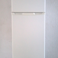 I AM LOOKING FOR A SECOND HAND FRIDGE TO BUY FOR CASH