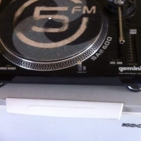 2 x Gemini SA600 Gforce turntables for sale - both require heads