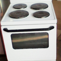 White stove for sale. Good working condition