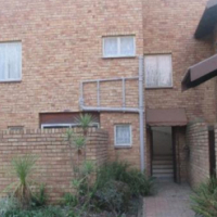 Sasolburg 3 bedroom face brick townhouse for sale