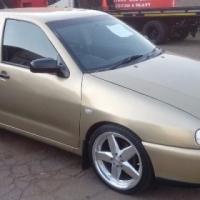 2001 Volkswagen Polo Playa 1.6i