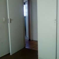 FlatMate wanted.1 Large Bedroom.Nice, clean and modern place!