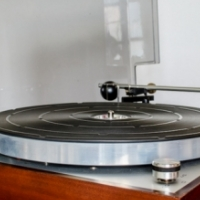 Thorens TD 150 MKII Turntable with Shure M44C Cartridge + stylus and Thorens TP-13