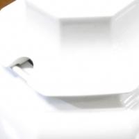 Porcelain tea pot + lid