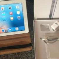 iPad 2 16GB 3G and WiFi