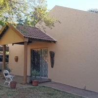 Lovely 3 bedroom, 2 bathroom home with granny flat for sale