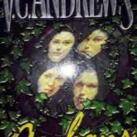Orphans: Butterfly, Crystal, Brooke And Raven - 4in1 - Virginia Andrews.
