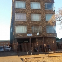 Bachelor flat for sale in Pretoria West