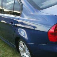 BMW 323 i 2006 m0del