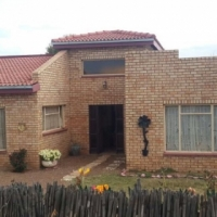 3 Bedroom house in Christiana bids open on R400 000