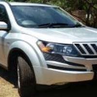 Mahindra XUV500 W8 2x4 for sale