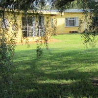 Tarlton Krugersdorp.  4 bed House R 7300 / pm.  On farm, own ...