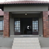 Very neat 2 bedroom cottage available for rent