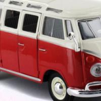 Maisto 1:25scale VW Samba Bus Model
