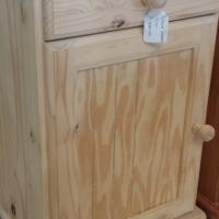 Pine Raised Flat Panel Pedestal - Raw