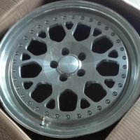 17'' 5/100 7.5J fronts and 8.5J rears rims for sale