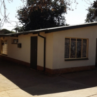 House with Lapa & Pool For Sale in Booysens