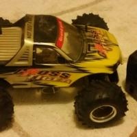 Tamiya RC 1/10 Monster Truck Very Fast
