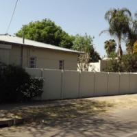 House with Lapa & Pool For Sale in Capital Park