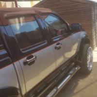 isuzu bakkie for sale R 49500 negotiable