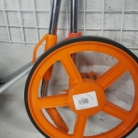 Grip  measuring wheel