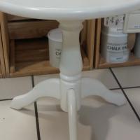 Pine Round Table - White