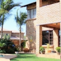 Stunning 3 bedroom double storey home for sale in Annlin, Pretoria
