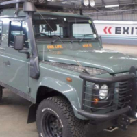 Land Rover Defender Defender 90 TD Puma station wagon