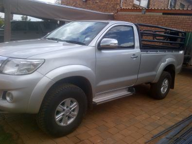 Car Accessories tralie andCarriers and Roof Racks